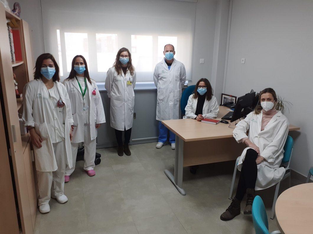 equipo de investigación de Nefrología participante en el ensayo clínico